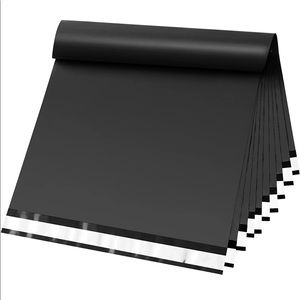 Pack of Black Polly mailers (20 pc)